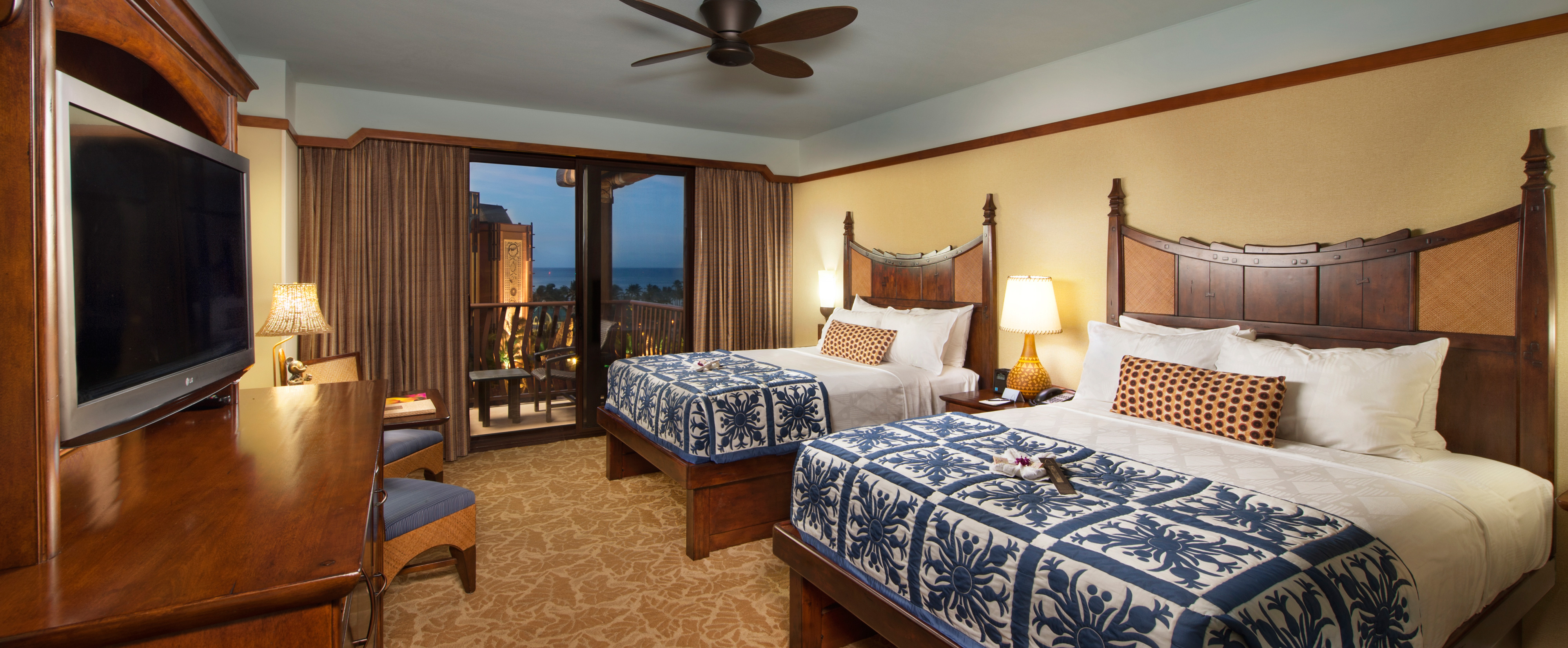 ... A standard room at Aulani with 2 queen beds ...