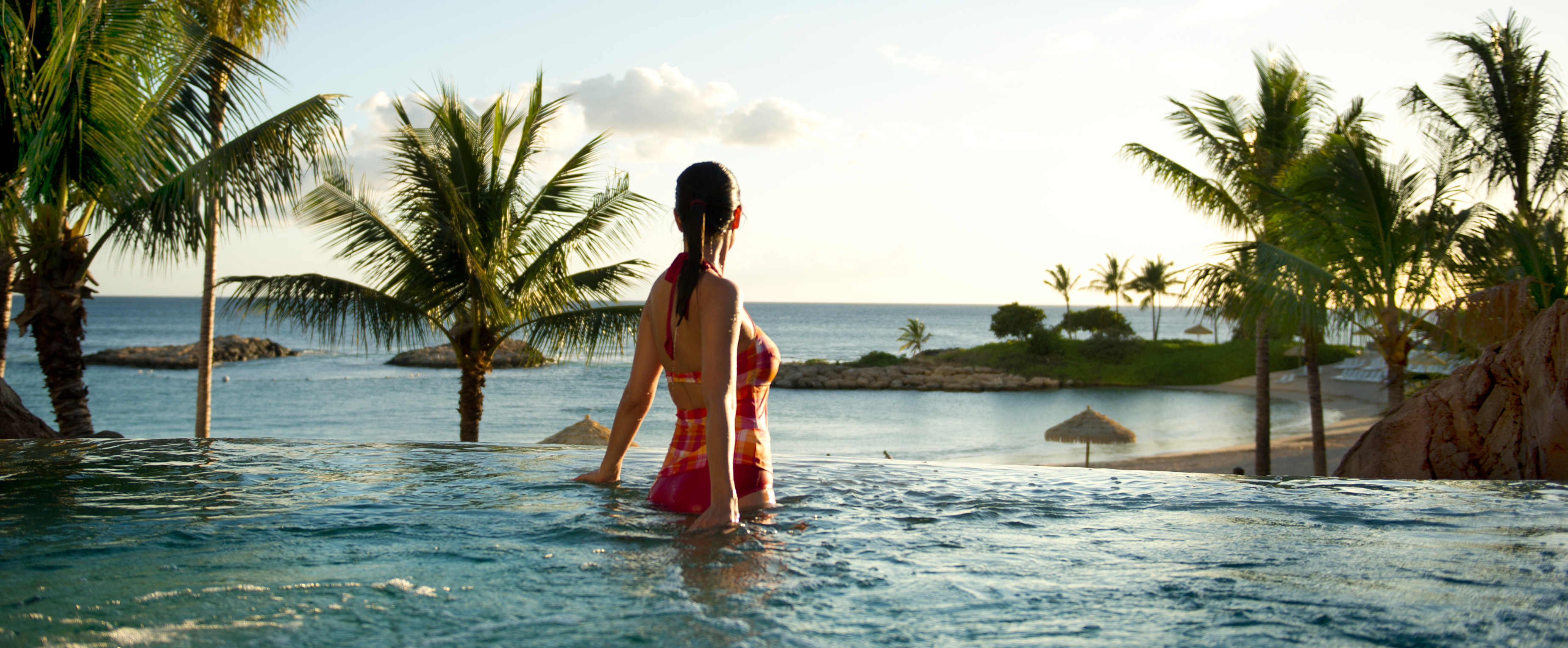 Outdoor Whirlpool Spas | Aulani Hawaii Resort & Spa