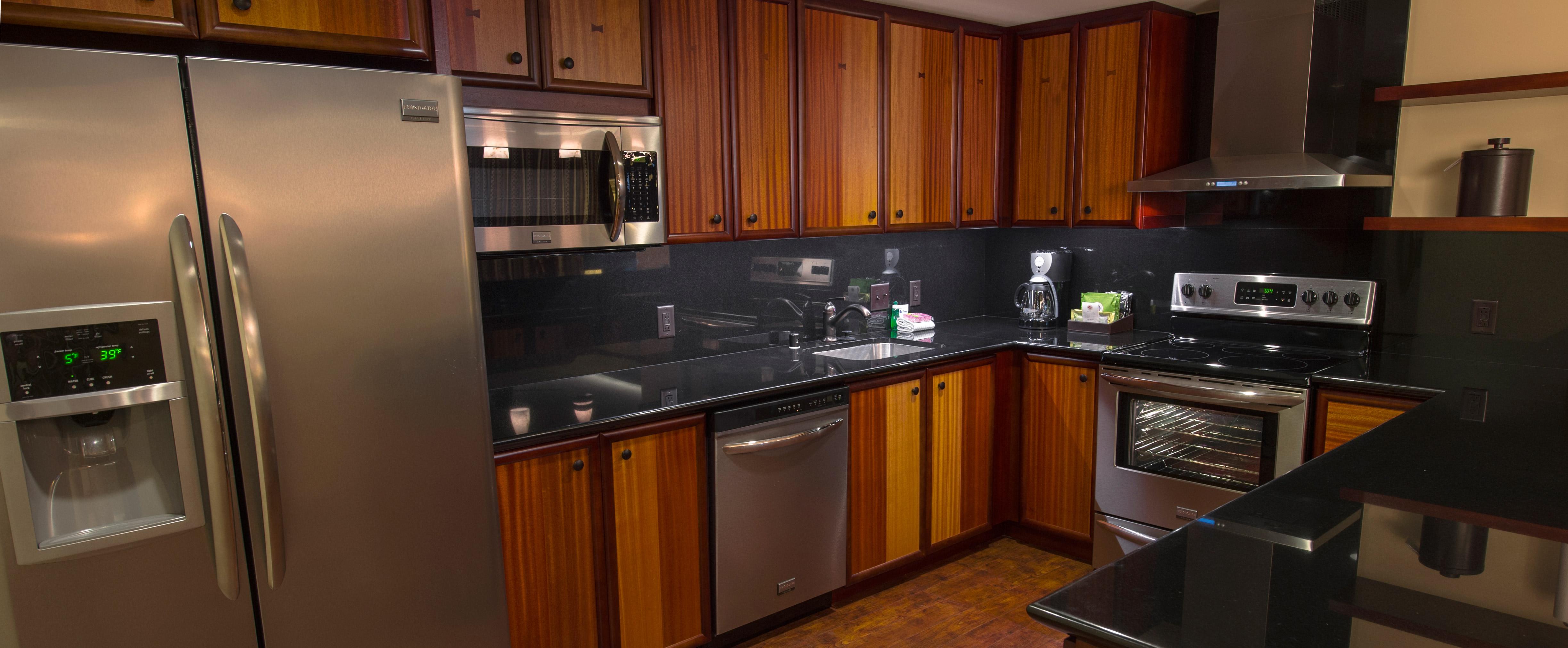 Deluxe Studio: Each studio features a kitchenette.